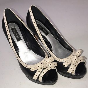 White House Black Market MELANIE Leather Heels
